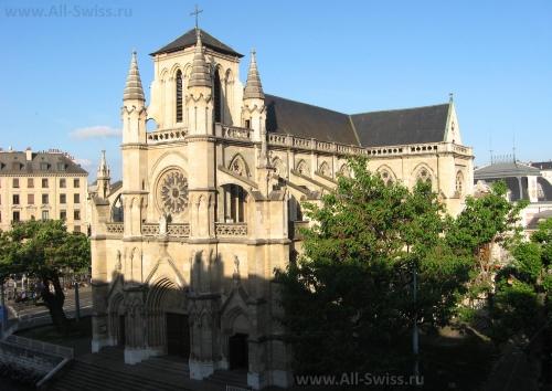 Базилика Нотр-Дам в Женеве