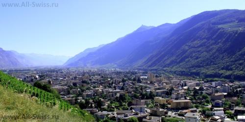 Панорамный вид на город Мартиньи
