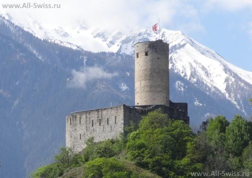 Замок Шато-де-Ла-Батья в Мартиньи