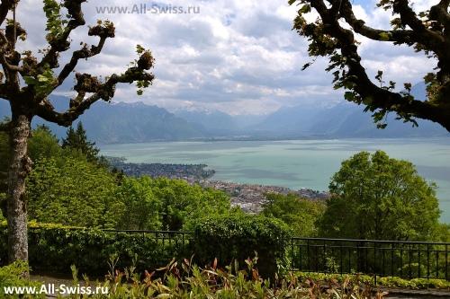 Вид на Веве с горы Монт-Пелерин